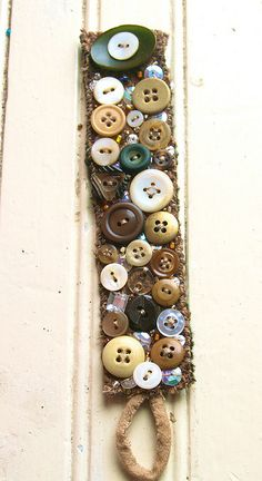 button bracelet - have the kids sew on buttons, great learning project