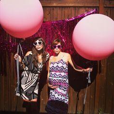 Los globos grandes hacen esta photocall! / The big balloons make this photoshoot!