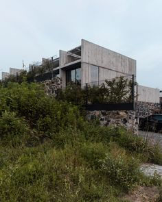 Herbiet, who runs the Mexico City-based studio Hrbt, completed AT House at the top of a hill in Oaxtepec – a town in the north of Mexican state Morelos – for a couple with dogs.