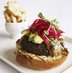 La hamburguesa de Ronny Portulidis, Chef de Duke & Can Punta, puede cocinar para ti en tu casa a través de Zelebri.com