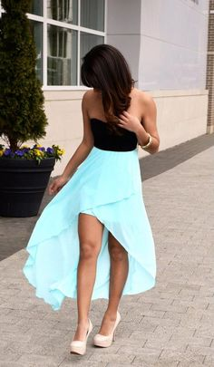 Summer Dresses--Sweetheart Mint Waterfall Chiffon Skirt this site has adorable clothes. Pretty Dresses, Beautiful Dresses, Gorgeous Dress, Chiffon Skirt, Mint Skirt, Flowy Skirt, Maxi Skirts, Mint Maxi, Neon Skirt