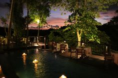 Dining Corner Restaurant during sunset.. What a wonderful sight.. Special thanks to Bapak R. Lygren for capturing this wonderful moment ( picture was found on bonusfeber.no)