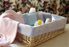 Cajón de mimbre, para tener siempre todo a punto para el baño de tu bebé.