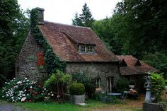 The Murmuring Cottage