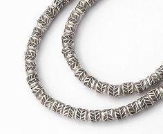100 von Karen Hill Tribe Silber Blatt gedruckt Perlen von bymitena