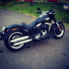 Harley Davidson Fatboy- why can't the husband just drive one of these? #harleydavidsongirlsgifts #harleydavidsonsoftailfatboy