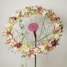 See this Instagram photo by @gregorlersch • 308 likes Gregor Lersch, Ikebana Sogetsu, Flora Design, Flower Show, Flower Art, Simple Flowers, Flower Decorations, Flower Designs, Floral Wedding