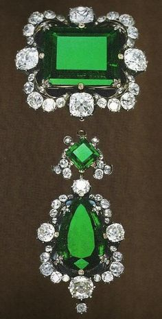 Royal Jewels of Italy - Diamond and Emerald Brooch. Owned by Queen Margherita of Italy, rectangular emerald is 42 carats