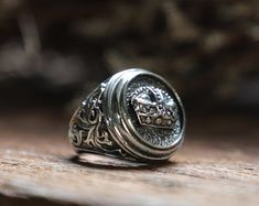 crown Ring for men made of sterling silver 925 Gothic biker style Mens Skull Rings, Silver Skull Ring, Mens Silver Rings, Silver Man, Sterling Silver Rings, Men's Jewelry Rings, Jewelry Shop, Silver Jewelry, Silver Lanterns