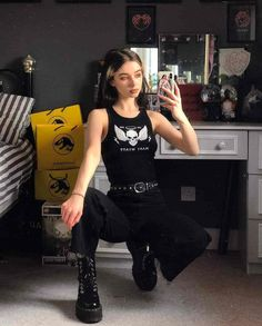 Grunge Outfits, Black Outfit Grunge, Edgy Outfits, Pretty Outfits, Cool Outfits, Fashion Outfits, Aesthetic Grunge Outfit, Aesthetic Clothes, Grunge Style