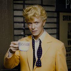 David Bowie Art, Katharine Hepburn, Beastie Boys, Ziggy Stardust, Rock Legends, Film Stills, Look At You, No One Loves Me, Metallica