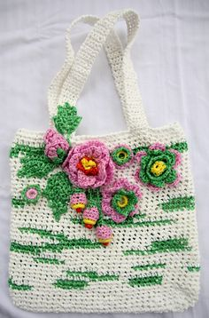 Plarn totePlastic yarn tote bagCrochet by LarisaBoutique on Etsy, $60.00