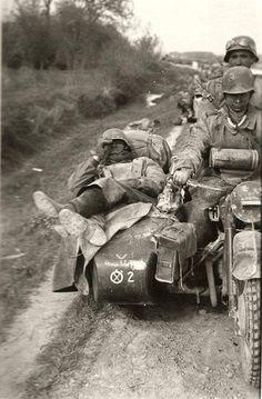 "ostfeldzug: ""8th Panzer division convoy, Ostfront 1941 "", pin by Paolo Marzioli"