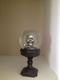 Skull snow globe I actually have two of these :)