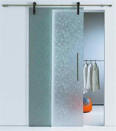 New Modern Glass Door Bathroom Design Ideas