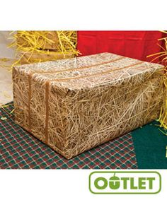 HayDay VBS! Hay Print Wrapping Paper | Don't bale on this great idea! Create straw in a snap! #VBS