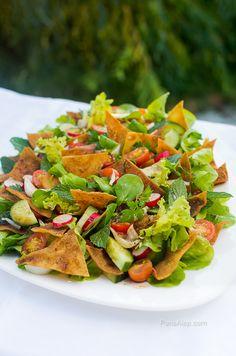 Fattouch- salade fraîche au pain frit - Syrie