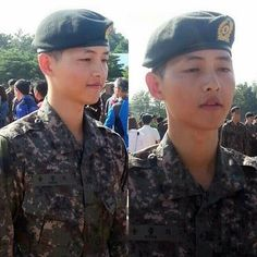 Song Joong Ki looks tired at his basic training completion ceremony