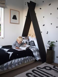 How gorgeous is this little boys room! How gorgeous is this little boys room! The post How gorgeous is this little boys room! appeared first on Zimmer ideen.