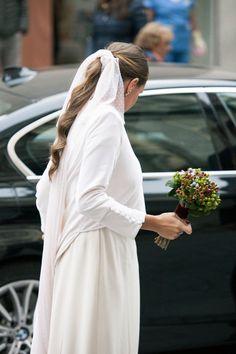 Bridal Ponytail, Wedding Headband, Bridal Hair, 1920s Headband, Flapper Headpiece, Celestial Wedding, Wedding Hair Inspiration, Wedding Looks, Bride Hairstyles