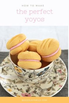 """""""Yo-Yo biscuits will melt in your mouth. They are the most deliciously, crumbly and soft biscuits ever. They're just the thing you need for a perfect afternoon tea!"""" - calls for """"custard powder"""" - what is that! Lunch Box Recipes, My Recipes, Sweet Recipes, Baking Recipes, Cookie Recipes, Dessert Recipes, Favorite Recipes, Recipies, Custard Cookies"""