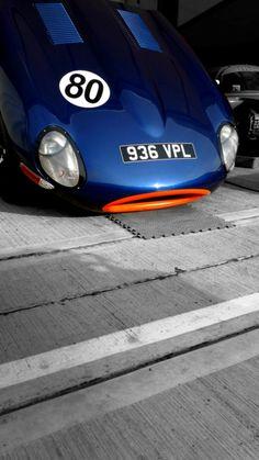 Jaguar E Type sports cars vs lamborghini sport cars Classic Sports Cars, Luxury Sports Cars, British Sports Cars, Sport Cars, Classic Cars, Lamborghini, Ferrari, Bugatti, Le Mans