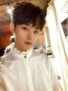 The boyz Juyeon My Prince, Handsome Boys, South Korean Boy Band, Pop Group, Jaehyun, Boy Bands, Beautiful People, Twitter, Savage
