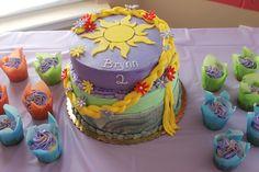 Birthday Spotlight: Gorgeous Rapunzel Cake