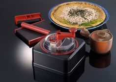 Pop Quiz:What Japanese company makes both #Transformers AND the home-jobby soba noodle hobby kit?