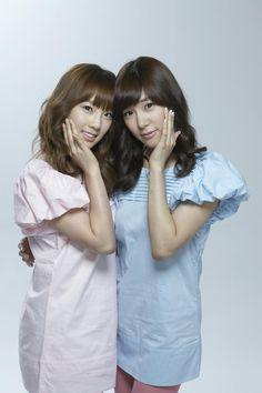 SNSD TaeYeon and Tiffany