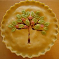 Apple Tree Apple Pie. I could never do this - but it sure is pretty to look at (va)