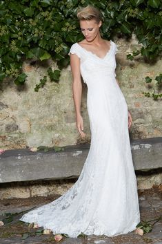 DRESS IOLANA #FlowingDress #VNeckline #Sleeves #Lace #Wrap-OverTop #Bride #Cymbeline