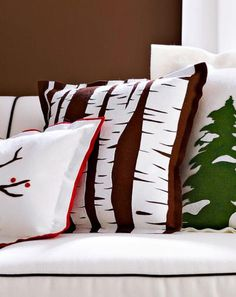 Try our felt appliques on DIY pillows, throws and more. Links to instructions and downloadable patterns for nine holiday applique projects are in this slide show.