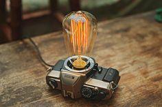 Картинки по запросу лампа фотоаппарат