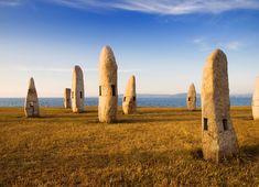 Parque Dos Menhires (La Coruña): Unas ruinas modernas