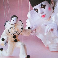 Modern Clown :: Pierrot Puppet