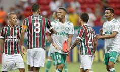Palmeiras resolve no início diante do Flu e segue na liderança isolada