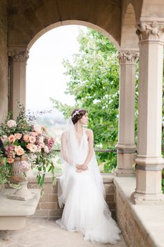 Wedding regrets from real brides: Photography : Sandra Aberg Photography | Floral Design : A Very Beloved Bloom | Wedding Dress : Vera Wang Read More on SMP: http://www.stylemepretty.com/2017/02/13/brides-wedding-regrets/