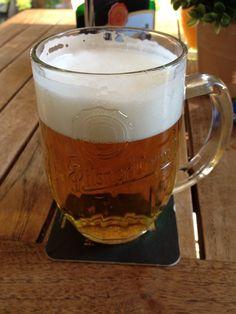 Malostranská beseda Czech Food, Czech Recipes, Four Square, Beverages, Pork, Beer, Traditional, Mugs, Tableware