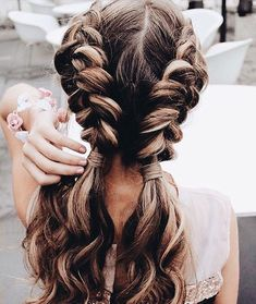 40 Pretty hairstyle you should try - Double braids