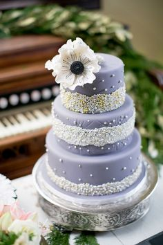 34 Romantic Wedding Cakes that Sweeten Your Big Day.  http://www.modwedding.com/2014/02/28/34-romantic-wedding-cakes-will-melt-heart/ #wedding #weddings #reception #cake #dessert