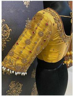 Cutwork Blouse Designs, Simple Blouse Designs, Stylish Blouse Design, Blouse Neck Designs, Wedding Saree Blouse Designs, Hand Work Blouse Design, Designer Blouse Patterns, Sari Design, Lehenga Choli