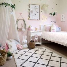 pretty room decor for honest teen room decor or college room decor for good College Room Decor, Teen Room Decor, Playroom Decor, Diy Bedroom Decor, Home Decor, Playroom Organization, Bedroom Ideas, Bedroom Colors, Playroom Ideas
