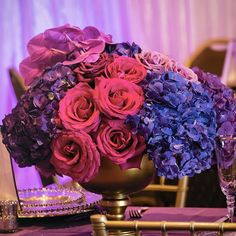 Taking low centerpieces to new heights. Low and Lush not Low and Lackluster . Peonies Wedding Centerpieces, Garden Theme, Glamorous Wedding, Simple Weddings, Flower Decorations, Lush, Wedding Styles, Beautiful
