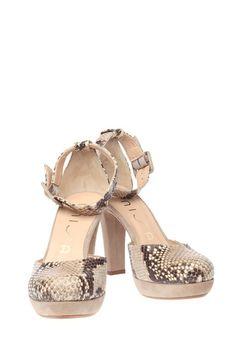 Unisa schoenen Molly Ecru/Beige