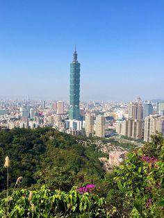 Elephant Mountain in Taipei, Taiwan | Necessary Indulgences.