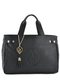 Sac Armani Jeans black Ecope saffiano Sac Armani Jeans, Armani Jeans Handbags, Stylish Handbags, Emporio Armani, Purse Wallet, Bag Accessories, Diaper Bag, Black Jeans, Tote Bag