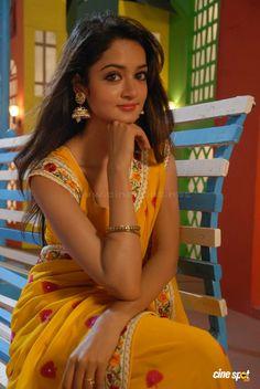 Shanvi Sexy Photos In Saree