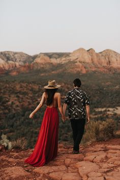 A mountain top engagement session at Cathedral Rock in Sedona, Arizona. Lets talk about that red dress and wide brim hat! Perfect look for your engagement outfit inspiration. Engagement Outfits, Engagement Session, Engagement Pictures, Sedona Arizona, Picture Outfits, Couple Outfits, Photoshoot Inspiration, Photoshoot Ideas, Couple Photography