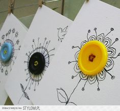 ▷ ideas for crafting with buttons of fresh ideas- ▷ Ideen für Basteln mit Knöpfen von Freshideen Crafting with buttons – 40 inspiring deco ideas - Art For Kids, Crafts For Kids, Arts And Crafts, Cute Cards, Diy Cards, Paper Cards, Button Cards, Button Button, Button Flowers